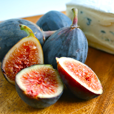 Wordless Wednesday | Fresh Figs and Cheese